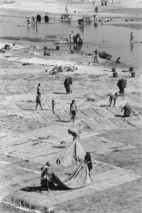 © Henri Cartier-Bresson/Magnum Photos INDIA. Gujarat. Ahmedabad. 1966.