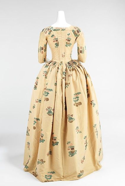 Robe à l'Anglaise (image 3) | British | 1776 | silk | Brooklyn Museum Costume Collection at The Metropolitan Museum of Art | Accession Number: 2009.300.952