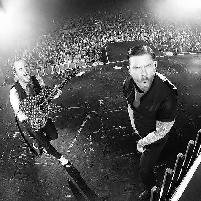 Zach Myers and Brent Smith (@HarryReesePhoto) #zachmyers #brentsmith #Shinedown   via Instagram http://ift.tt/2ekZeKu  Shinedown Zach Myers