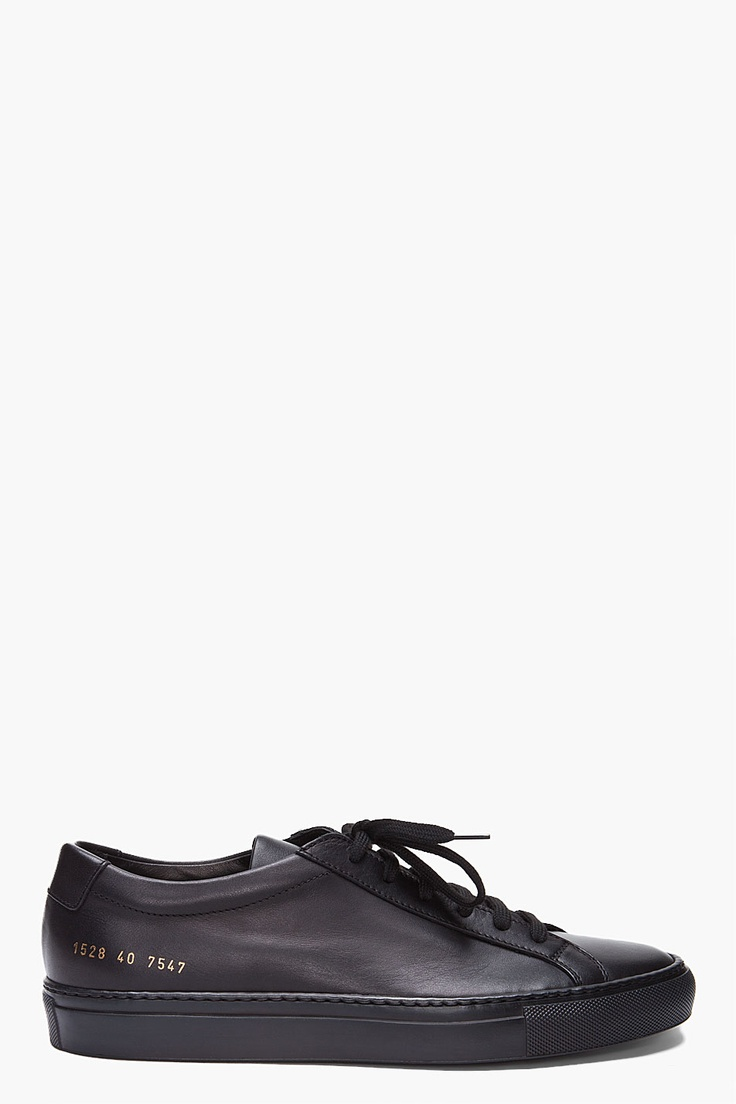 Common Projects Achilles black goes best with the Ace & Everett Mamba Black.