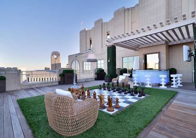 rooftop garden design with lawn chess