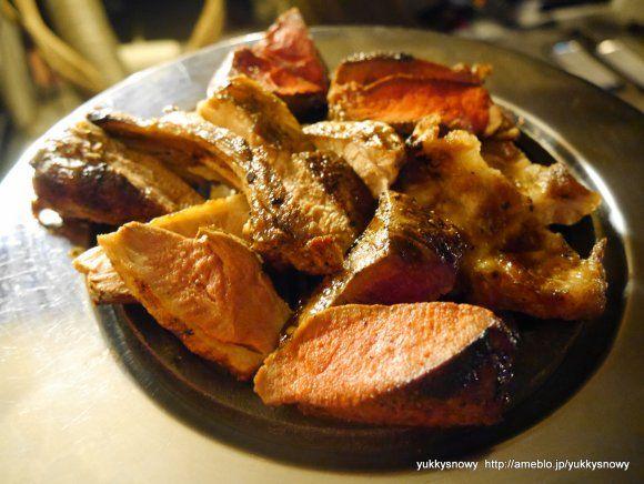 鴨、馬ハラミ、ダチョウ、熟成鹿、熟成子羊、熟成牛、熟成豚のグリル盛り合わせ!|熟成肉・ジビエに「肉ケーキ」!肉まみれになれる新宿の隠れ家
