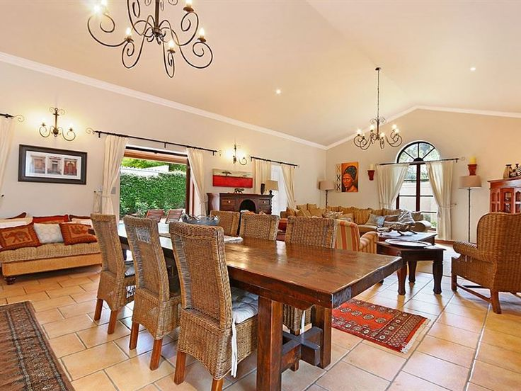 High Weald - High Weald is a beautiful and tastefully decorated villa in the heart of the Franschhoek village.  The accommodation has been decorated with luxurious furnishings giving it a lovely clean and welcoming ... #weekendgetaways #franschhoek #winelands #southafrica