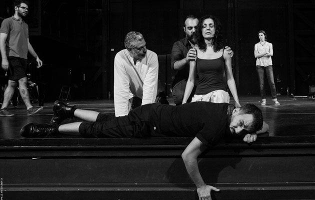 Ανεβάζει σε όπερα το «Λεόντιος και Λένα»