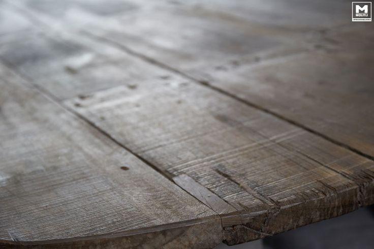 25 beste idee n over rustieke houten tafels op pinterest - Ruimte model kamer houten ...