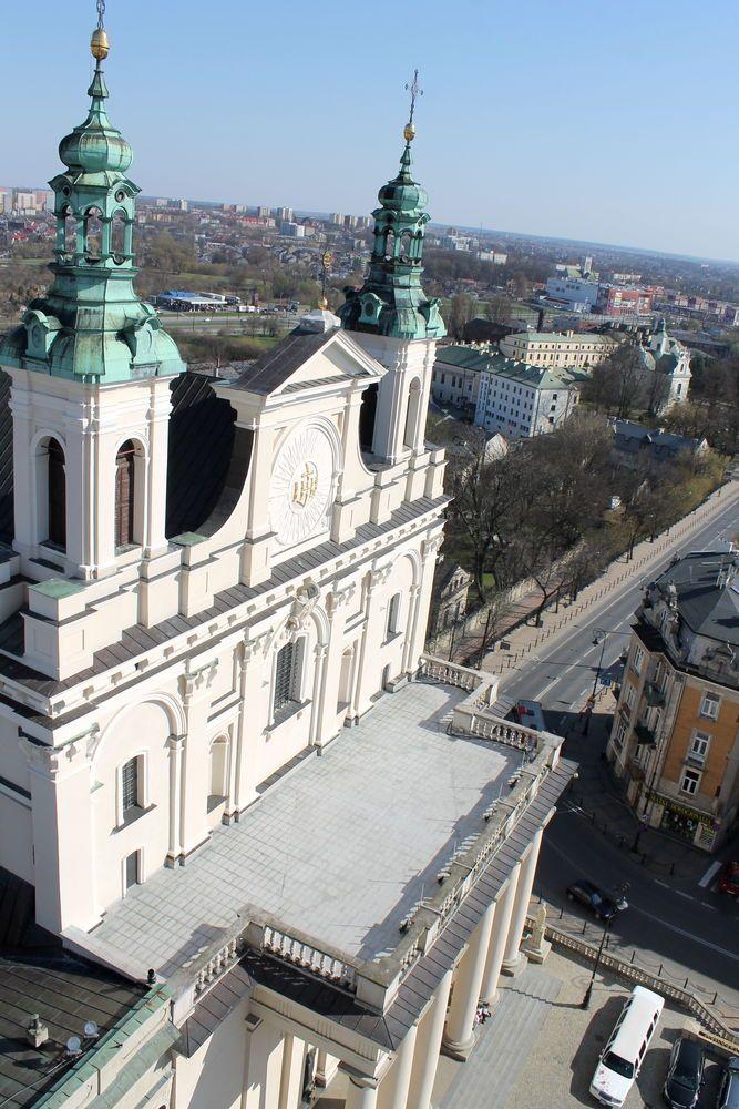 Widok na Archikatedrę w Wieży Trynitarskiej - Stare Miasto w Lublinie