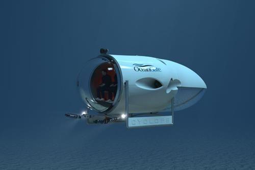 サイクロプス。ギリシャ神話に登場する単眼の巨人の名を冠した有人潜水艇。人間を最大五人乗せることに対応する個人で所有可能な深海潜水艇とのこと。今までの無人/有人の深海潜水艇と比較して運用面でメリットがあるとされる。