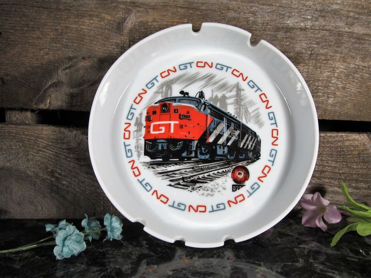 Grand Trunk Railroad, Canadian National Railways, Souvenir Ashtray, Vintage Collectible Ashtray, Home and Farmhouse Decor, Barware Accessory by TheStorageChest on Etsy