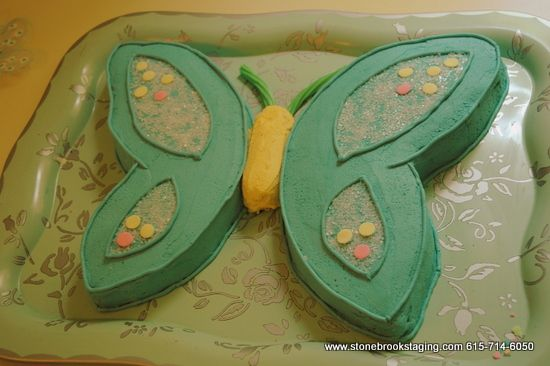 Butterfly birthday cake- I need an easy one for my daughter's birthday, and I'm hoping this is it!