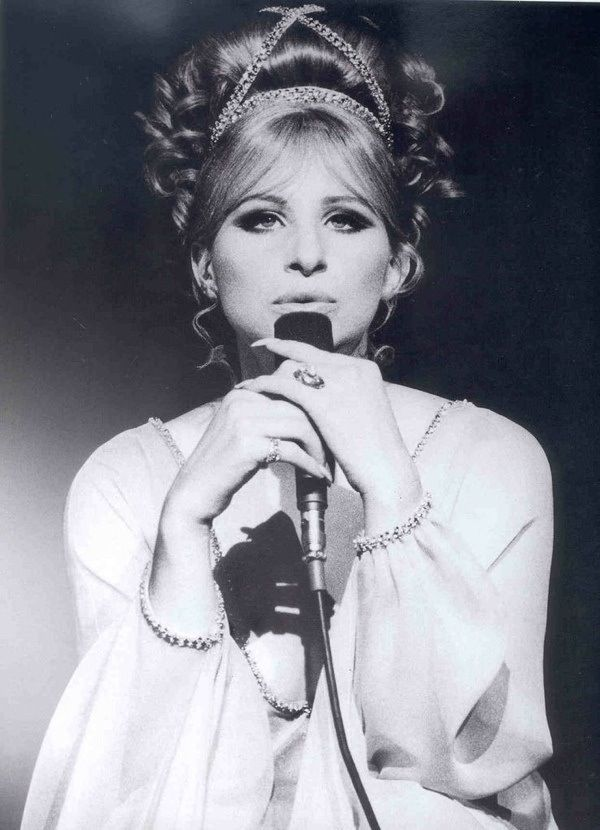 Barbra...This has always been one of my favorite pictures of her.