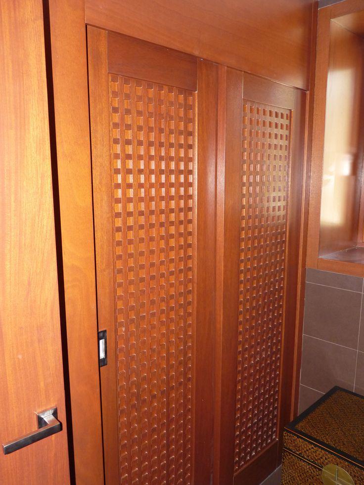 rusztikus beépített szekrény
