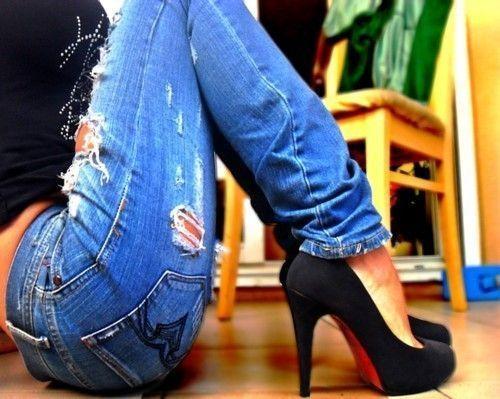 Distressed jeans. Heels.
