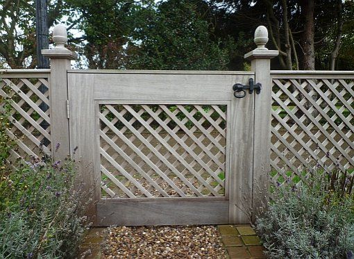 17 Best 1000 images about Garden Gate Fence Wall on Pinterest