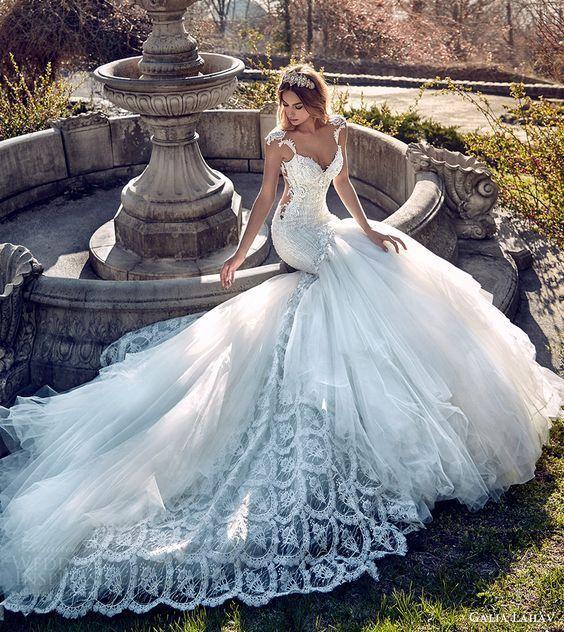 女の子の一生の憧れ・・・♡10つのハイブランドのウェディングドレス特集*にて紹介している画像