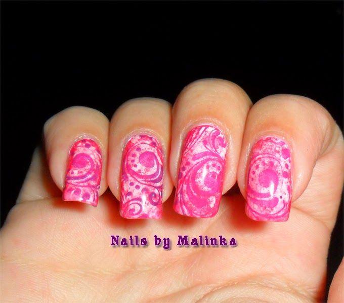 Nails by Malinka: Saran wrap, spons en Pueen 59