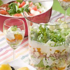 Schichtsalat mit Schinken oder Forelle