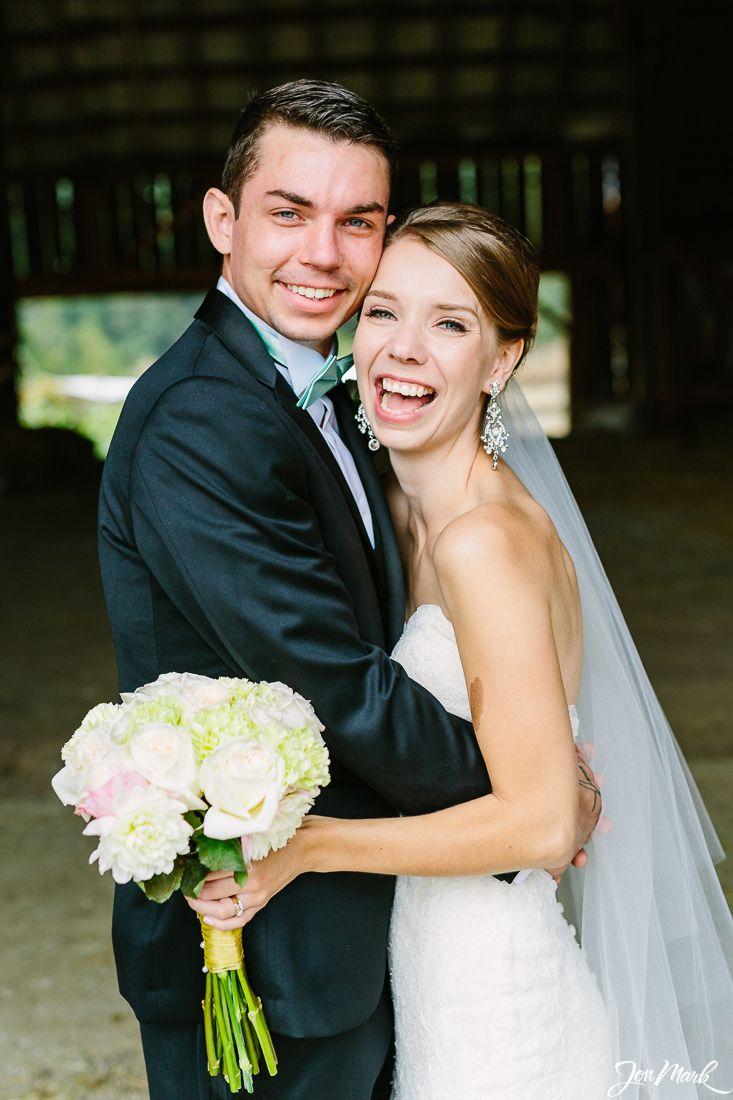 Amanda & Lyall's Wedding at Bird's Eye Cove Farm in Duncan, BC