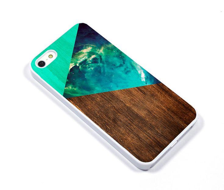 Θήκη από λευκό πλαστικό περίβλημα, με υψηλής ποιότητας εκτύπωση στην πίσω όψη και επίστρωση που μοιάζει με glitter! Σε διάφορα χρώματα και σχέδια που θα κάνουν το iPhone σας ξεχωριστό.