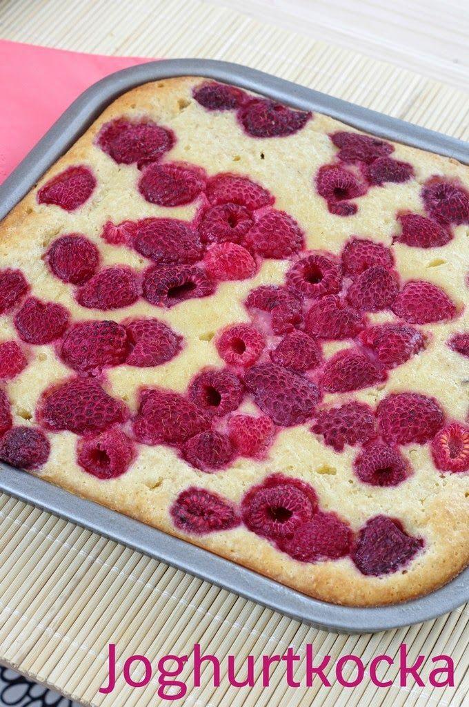 Szofika a konyhában...: Egészséges joghurtkocka / Healthy oatmeal-yogurt slice