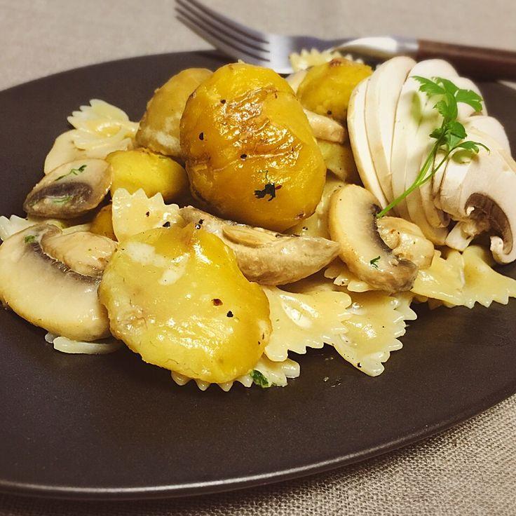シロー's dish photo からの 栗とマッシュルーム | http://snapdish.co #SnapDish #マカロニ #クリームソース #おつまみ