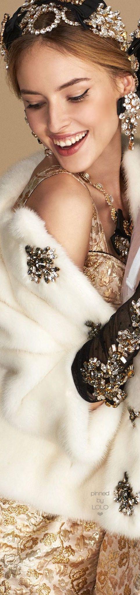 Dolce & Gabbana luxury jewelry #moderndesign #design #luxurydesign exclusive jewelry, expensive brands, inspiration . Visit www.memoir.pt