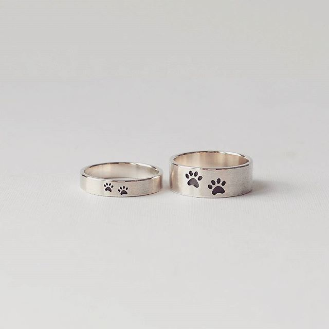 Вот вам милые колечки с кошачьими лапками. серебро.  Cute rings, wedding band.