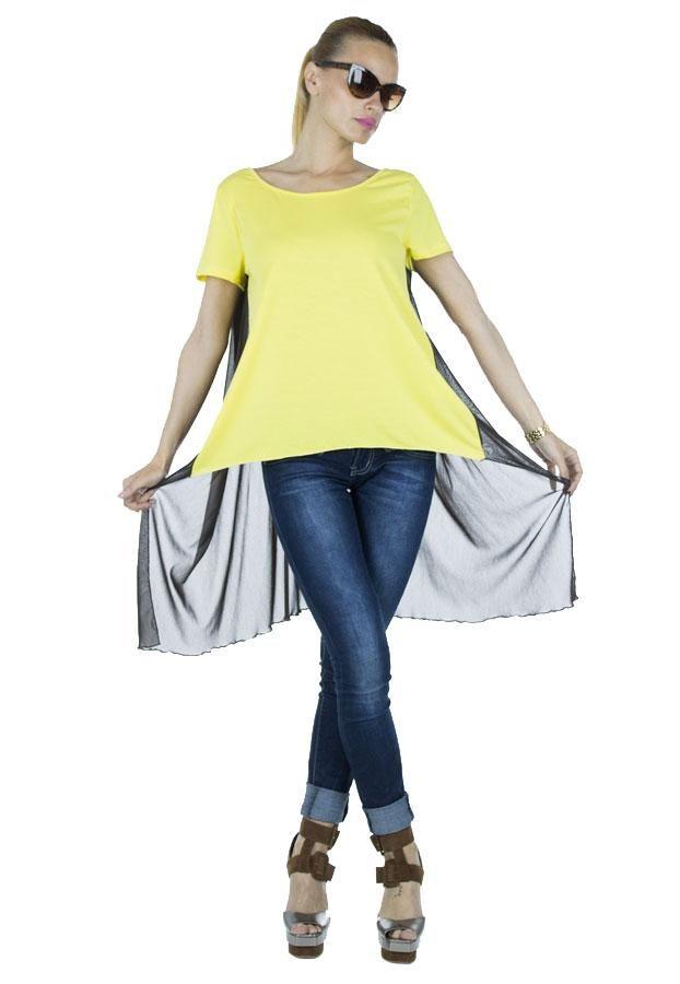 Tricou Dama Yellow Style  -Tricou dama  -Taietura moderna, asimetrica  -Design cool, ce cade lejer pe corp  -Detaliu spate semitransparent     Lungime fata: 53cm  Lungime spate: 83cm  Compozitie: 100%Bumbac