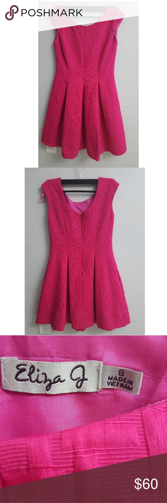 Eliza J Drees Fit and flare Eliza J pink dress in perfect condition and elegant. This wear-anywhere dress will keep you looking polish at the office, on dinner dates, or weekends outtings. Eliza J Dresses