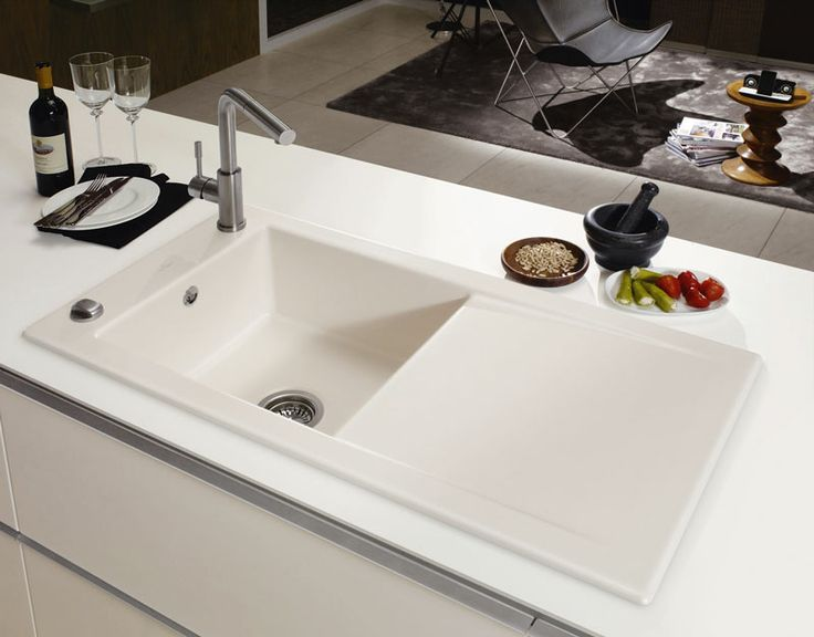 15 best villeroy boch images on pinterest bathroom sinks sink taps and bowl sink. Black Bedroom Furniture Sets. Home Design Ideas