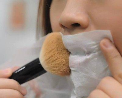 Come fissare il trucco: tutti i segreti per un make up perfetto! [FOTO