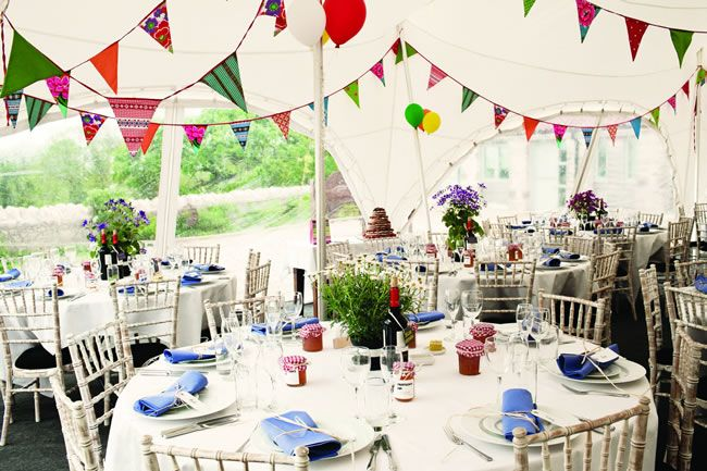QUIZ: What's your perfect wedding reception theme?