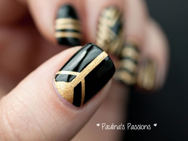 31DC2013 Day 12: Black and Gold Stripes Nail Art