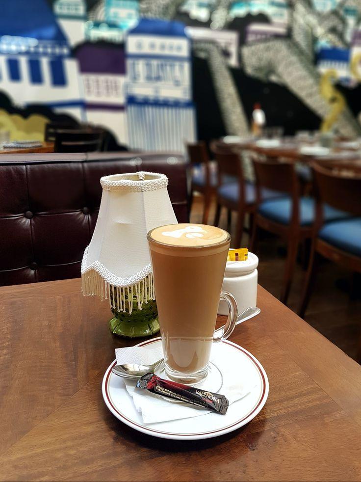 """""""Cafe Latte"""". Le Quartier, Jakarta"""