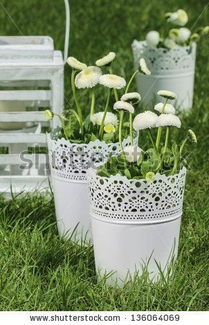 Fresh spring decoration idea for First Holy Communion