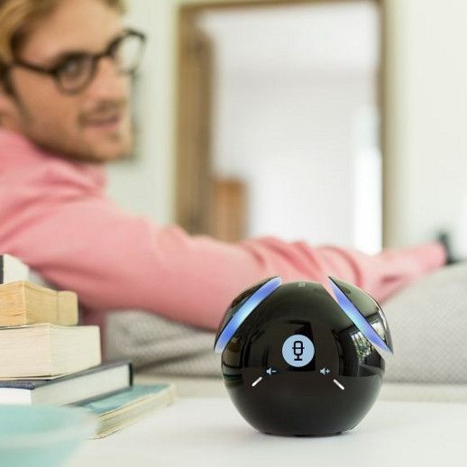 Gadget speak to me phone designed