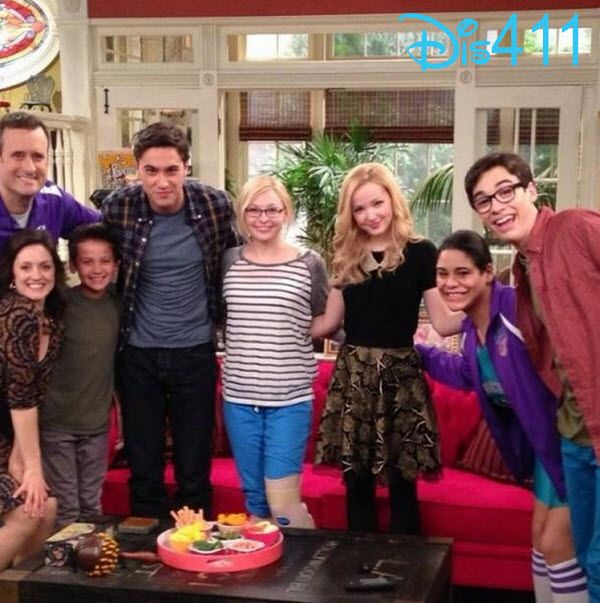 "Photos: Some Of The ""Liv And Maddie"" Cast Tweeted Live During Season One Finale July 27, 2014"