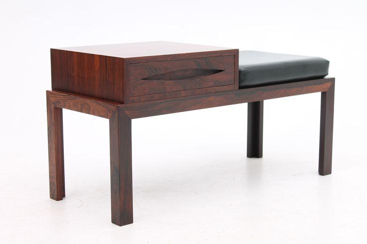 Danish modern vintage design rosewood bench with original cushion and box. www.reModern.dk