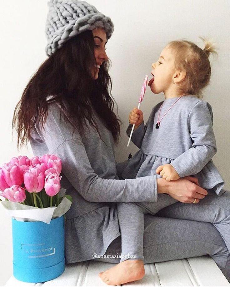 Самые красивые девочки На Насте и Софушке костюмчик с ассиметричной баской. стоимость комплекта #familylook на маму и дочку 8000 руб. цвета: молочный, пудровый, серый, синий, красный, бордо, пыльно-розовый, фиолетовый и чёрный. пошив по вашим меркам 2-3 дня.  #Repost @anastasiabelize with @repostapp. ・・・ Ждём весны вместе с @milafka.ru  Фэмили лук - моя слабость