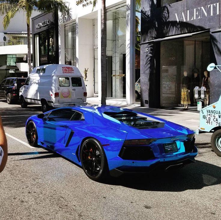 Lamborghini Aventador Coupe wrapped in Blue Chrome Photo taken by: @adam_bornstein on Instagram