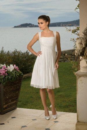 Robe de mariée moderne simple fourreaux plissés de longueur à genou a-ligne