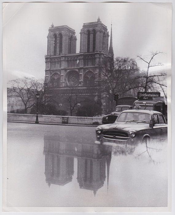 """Photo vintage de la Cathédrale Notre-Dame, Paris 1959. 'Adoptée"""" par Ben! ;-) http://atelier-xou.com/"""