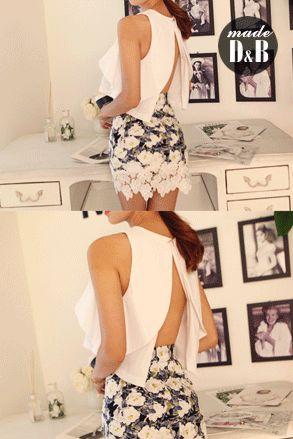 Today's Hot Pick :背中開きフリルブラウス http://fashionstylep.com/SFSELFAA0022297/insang1jp/out フェミニンなディテールにこだわったブラウスが登場♪♪ あたかも花びらのようにたっぷり施されたラッフルがメリハリのある女性らしいシルエットをメイク。 大胆なバック開きから見える素肌がセクシーながらもヘルシーな印象*★ 今年のトレンドはインスタイルですが、このブラウスはアウトスタイルが正解。 見せびらかしたくなっちゃう程キュートなこのブラウス、是非お見逃しなく!! 身長によって着丈感が異なりますので下記の詳細サイズを参考にしてください。 ◆色: ホワイト