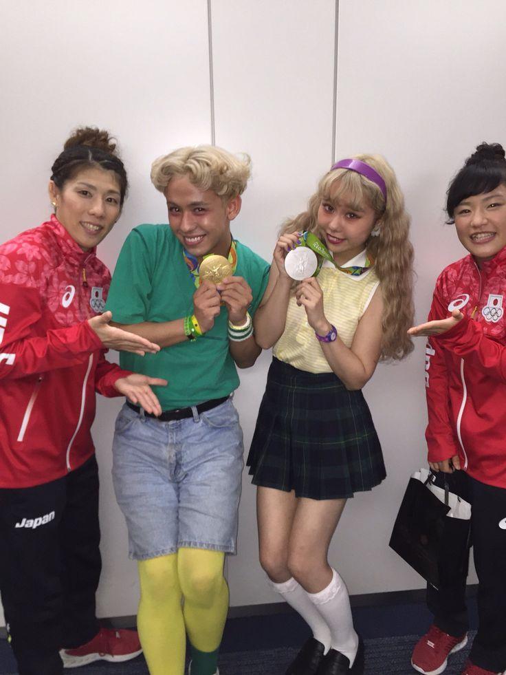 160830 今日収録でご一緒させていただいた、レスリングの吉田沙保里選手と登坂絵莉選手が、なんとメダルを首にかけてくださいました…✨まじ感動!重かったかっこよすぎるほんとうにおめでとうございます