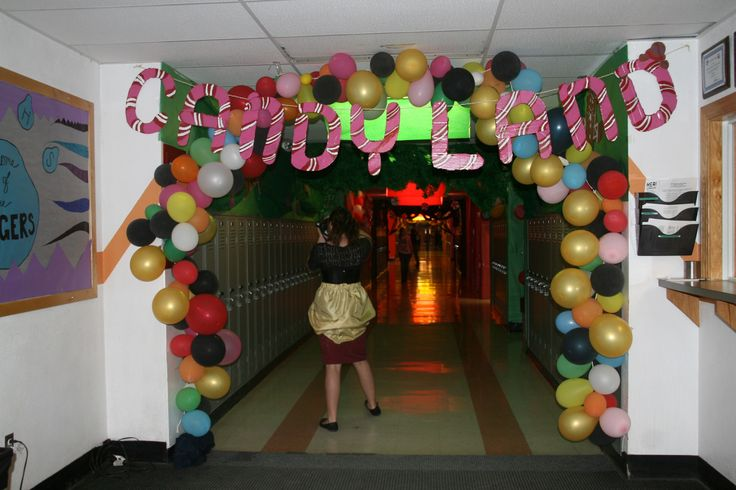 Hallway Decorating Picture 3 Candyland Hallway