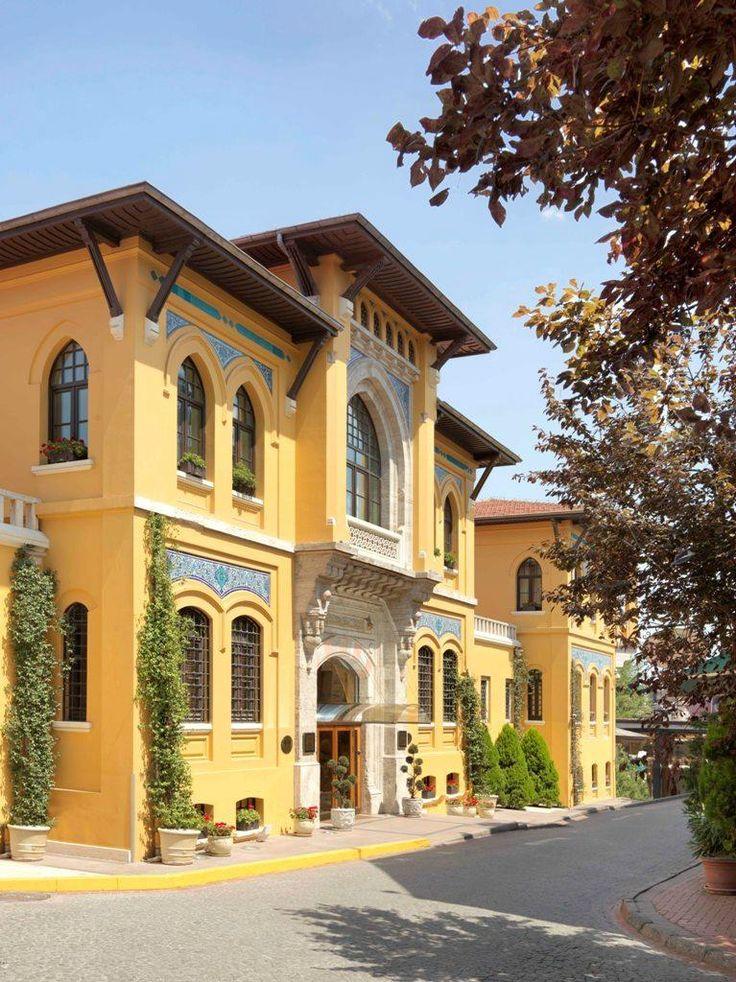 Four Seasons Hotel Istanbul at Sultanahmet Istanbul, Turkey Jetzt ist die Fassade schön renoviert :-)