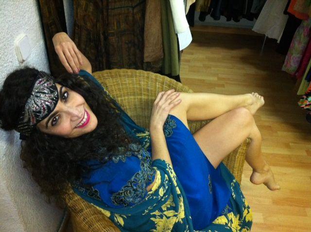 Cristina Rodríguez probándose nuestras prendas
