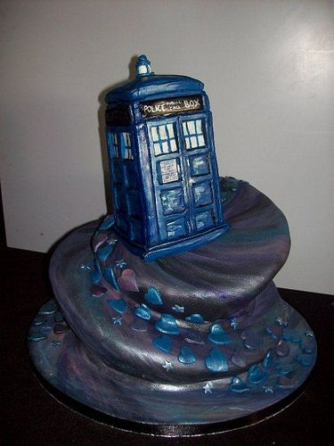 Traveling through time and space for all eternity together - by MammaJammaCakes // amazing cake!