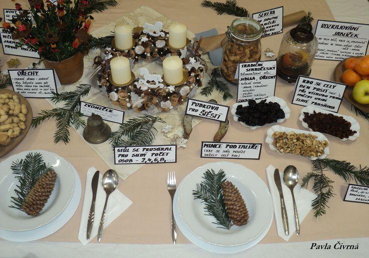 Vánoční stůl ve družině - zvyky a tradice 2017