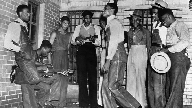 Scottsboro Boys granted posthumous pardon in 1931 Ala. rape case - CBS News