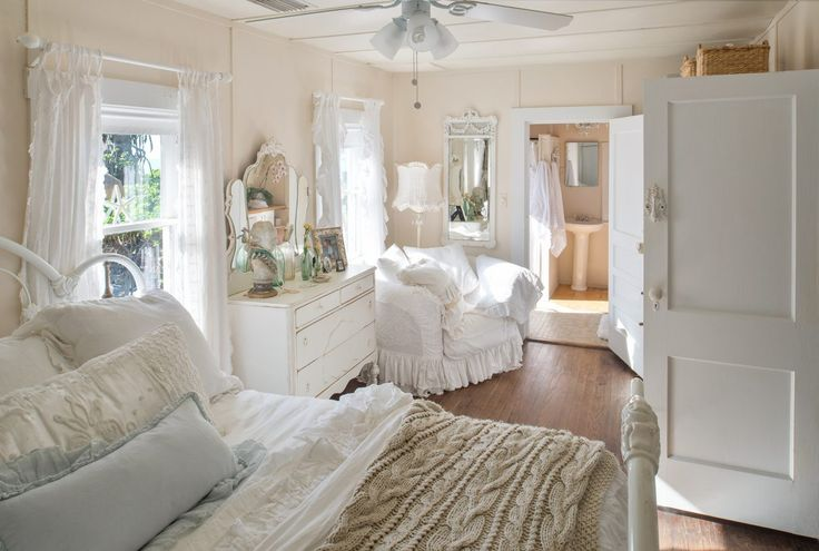 The Secret to Romantic Beach Cottage Style | Country Style Decorating Ideas Magazines: Small Cottage Living, House Decor Plans